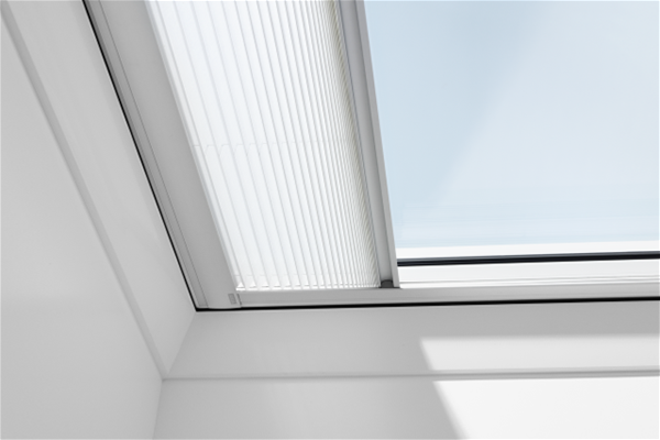 VELUX-Flat-Roof-Pleated-Blind-1016-White-Sterlingbuild-2