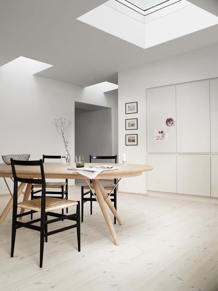 velux_flat_roof_dining_room_5